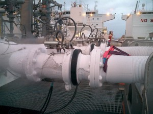 Liquid Nitrogen Transfer Ship to Ship LNG